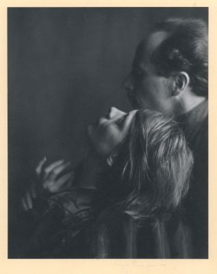 Edward Weston and Margarethe Mather (1922) by Imogen Cunningham