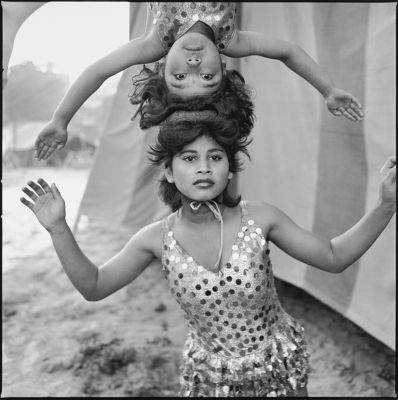 Acrobats rehearsing their act at the Great Golden Circus, Ahmedabad (1989) by Mary Ellen Mark