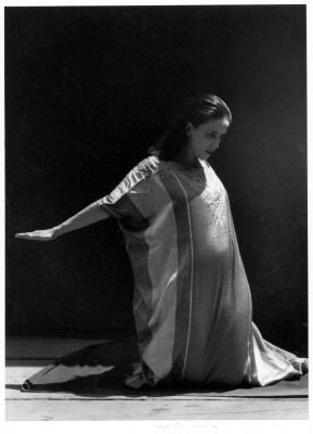 Martha Graham (1931) by Imogen Cunningham
