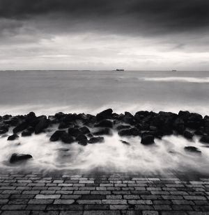 Barrage des Roches, Boulogne-Sur-Mer (2000) by Michael Kenna