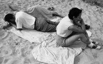 Chicago (three people on beach blanket) (1952-53) by Yasuhiro Ishimoto