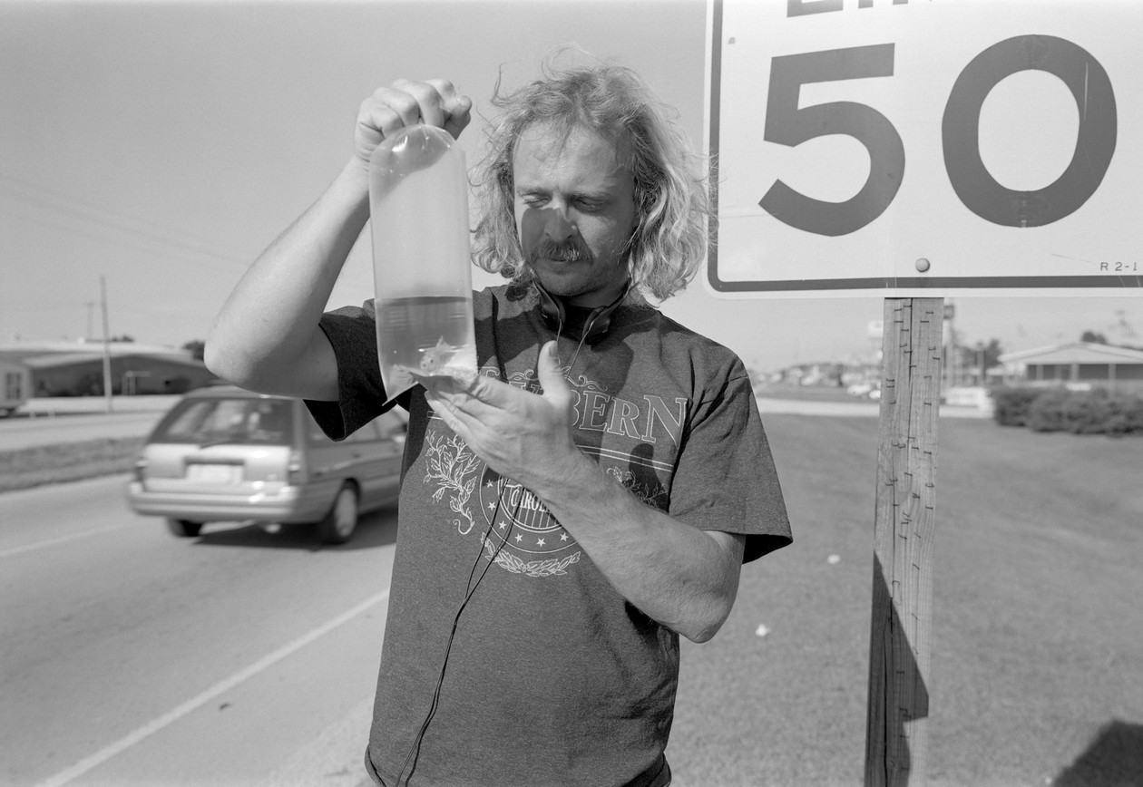 Untitled (goldfish), from Carnival (1994) by Mark Steinmetz
