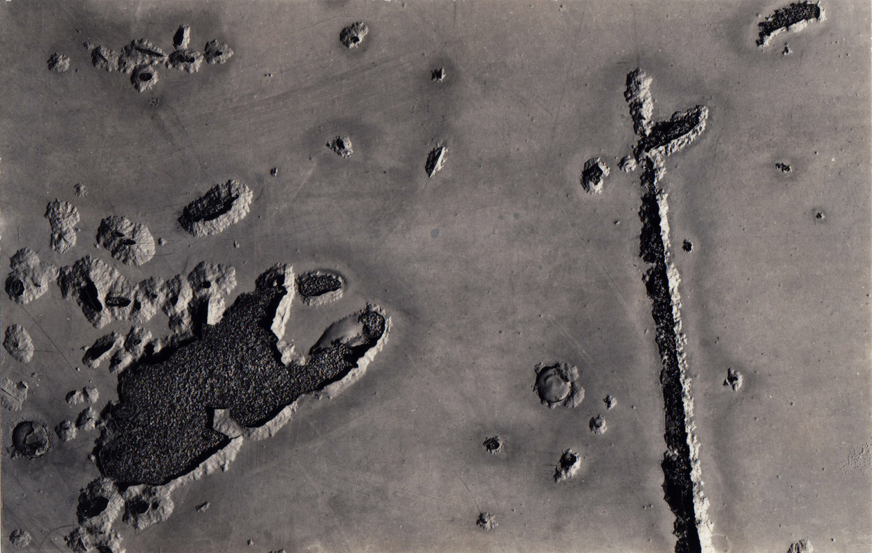 New Jersey 7 (1952) by Aaron Siskind