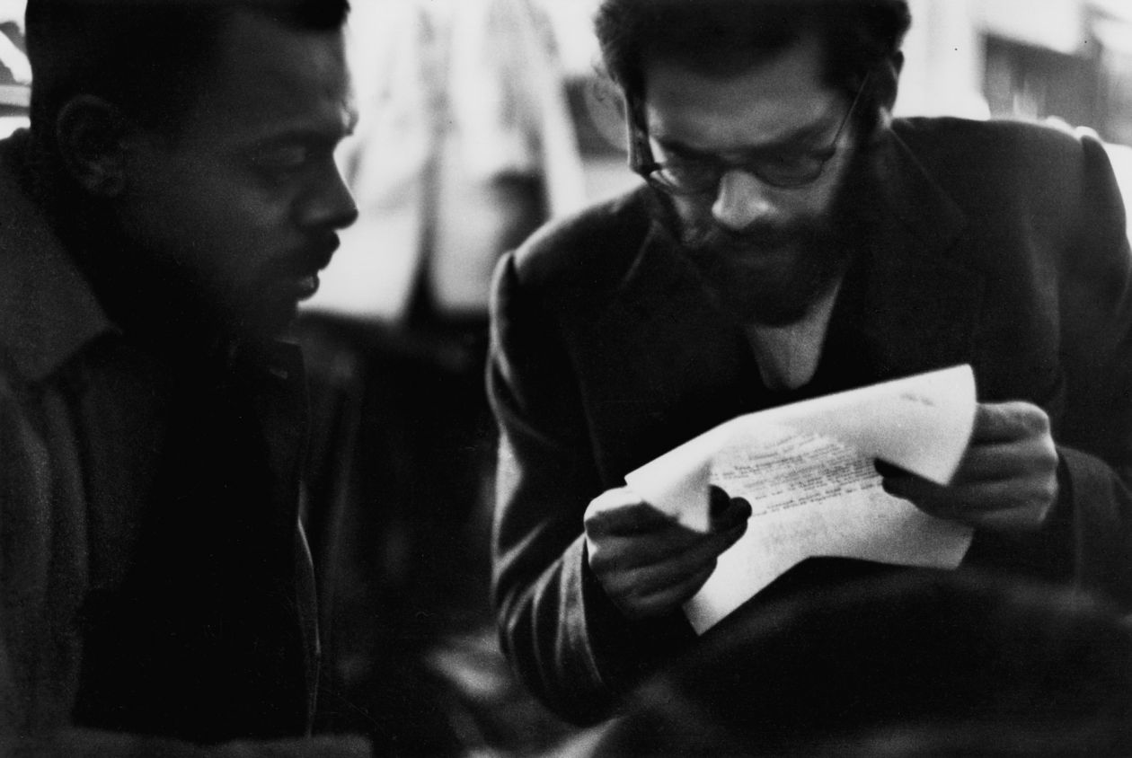 LeRoi Jones and Allen Ginsberg, 7 Arts Coffee Gallery, New York City (1959) by Dave Heath