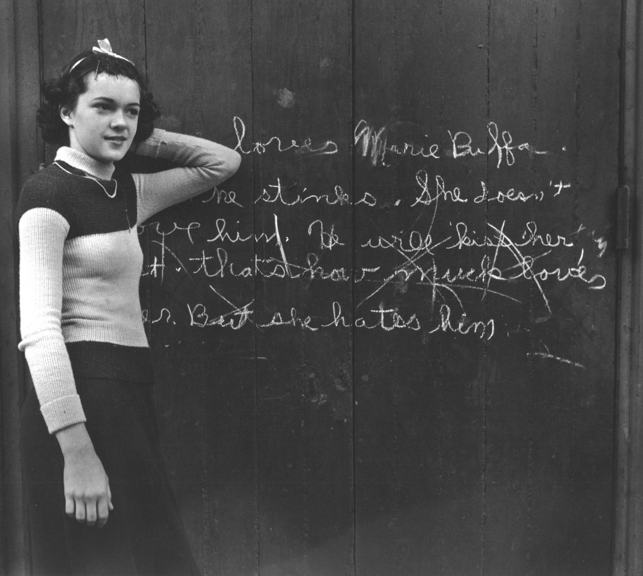 Love Hate Graffiti (1937) by John Gutmann
