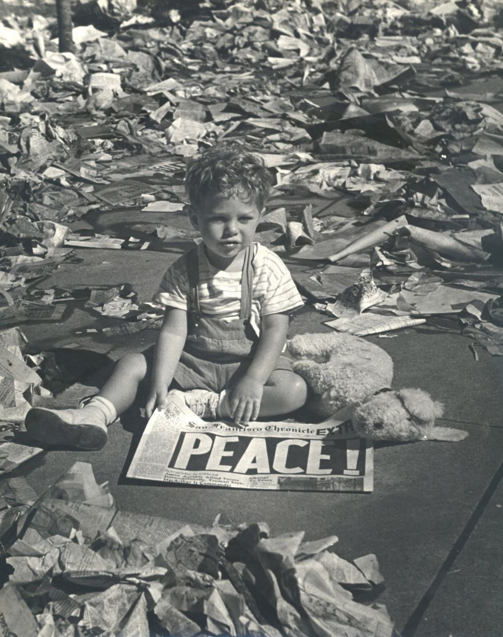 Untitled (Boy with newspaper, Peace!) (1945) by Hansel Mieth and Otto Hagel