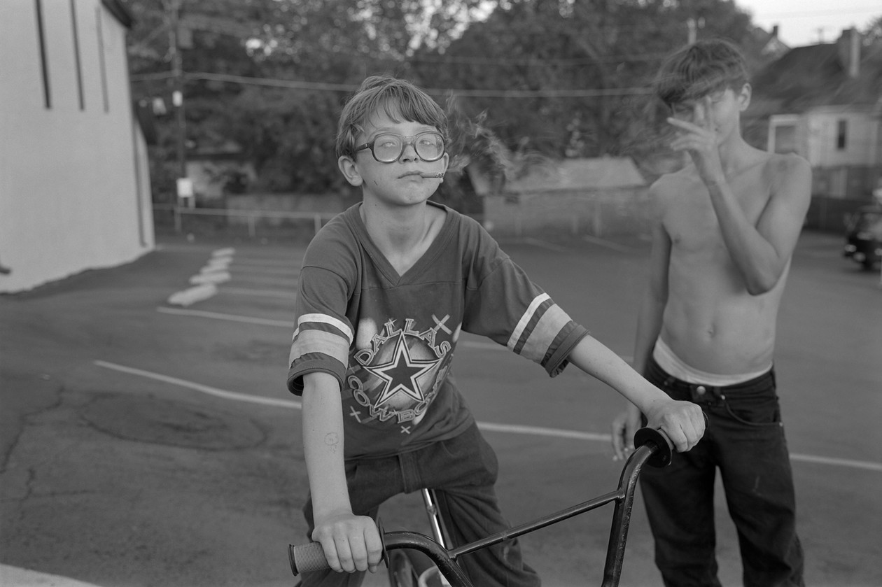 Knoxville (1995) by Mark Steinmetz