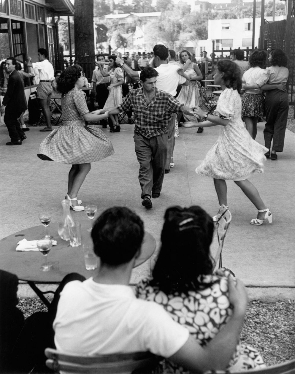Bal a Nogent (1947) by Willy Ronis